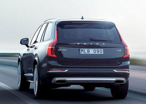 2-Volvo_XC90_trasera