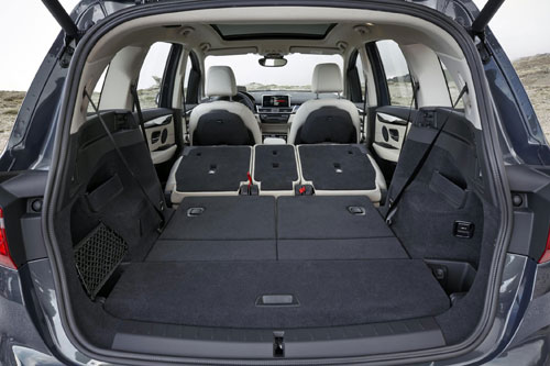 4-BMW_Serie2_GT_maletero