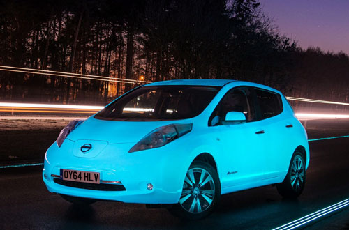 1-Nissan_leaf_brillante_frontal