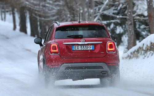 2-Fiat-500X_trasera