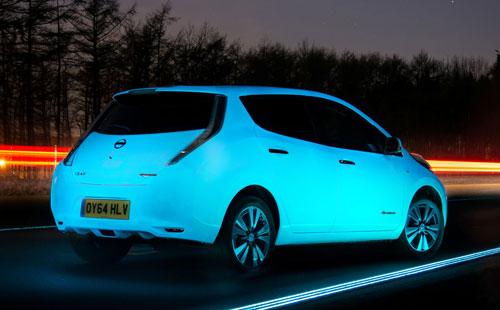 2-Nissan_leaf_brillante_trasera