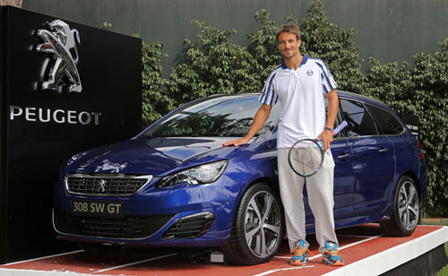 1-Tommy-Robredo-Peugeot-Tennis-Team