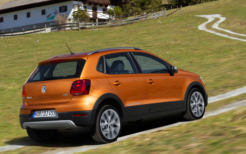 2-Volkswagen-Cross-Polo