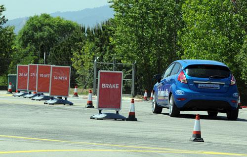 2-cursos-ford-conducetuVida