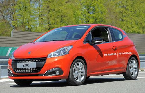 1-Peugeot-208-record-consumo