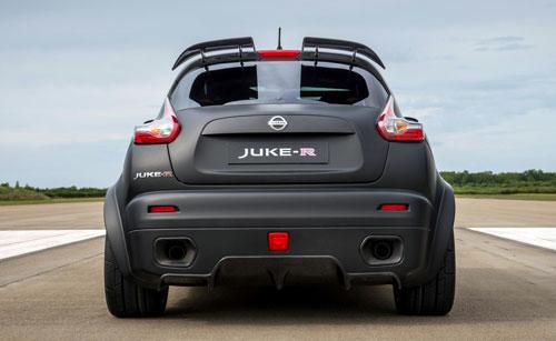 1-Nissan-Juke-R-4