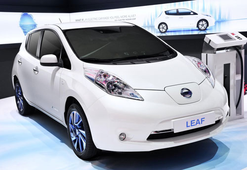 1-Nissan-Leaf-1
