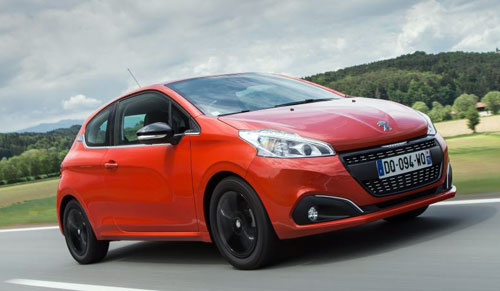 1-Peugeot-208-1