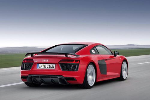 2-Audi-R8-2