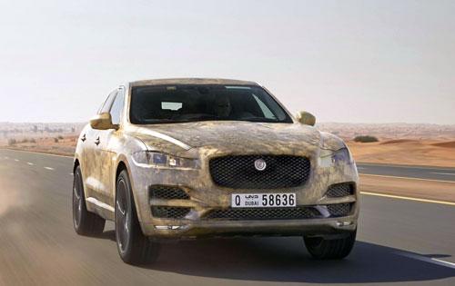 1-Jaguar-F-Pace-1