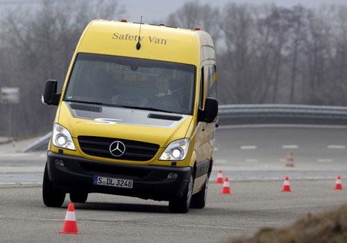 2-Mercedes-2