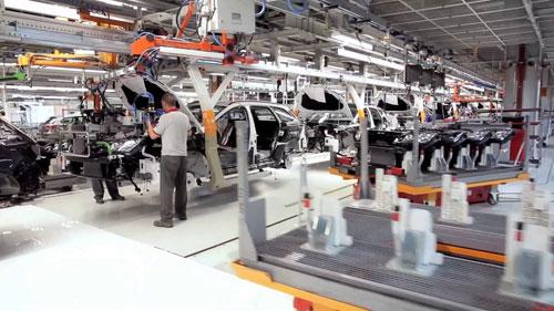 1-Espana-fabrica-11000-coches-al-dia
