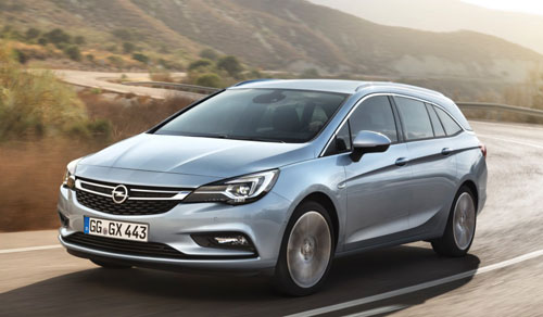 0-Opel-Astra-Sports-Tourer-1