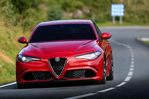 1-Alfa-Romeo-Giulia-3