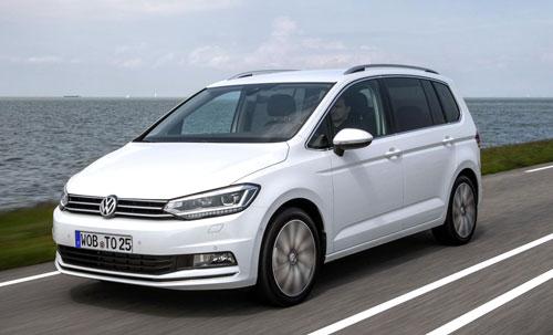 1-Volkswagen-Touran-1