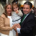 Pedro Pérez y su mujer, Raquel y Sofía, la hija de ambos.