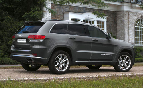 2-Jeep-Grand-Cherokee-Platinum-2