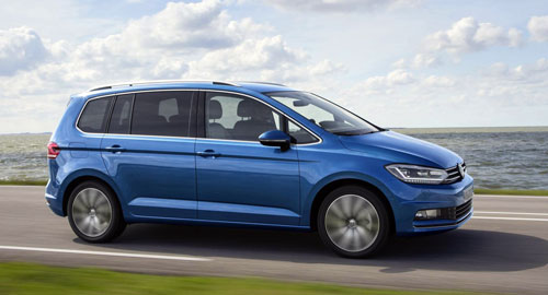 2-Volkswagen-Touran-2
