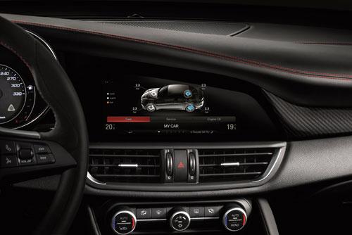 3-Alfa-Romeo-Giulia-4