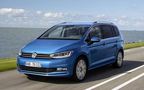 3-Volkswagen-Touran-3