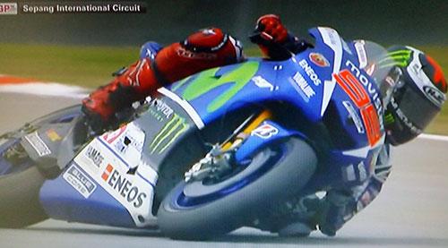 Lorenzo le resta 4 puntos a Rossi, que mantiene una ventaja de 7