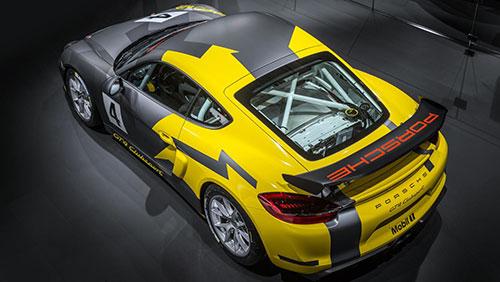 2-Porsche-Cayman-GT4-Clubsport-2