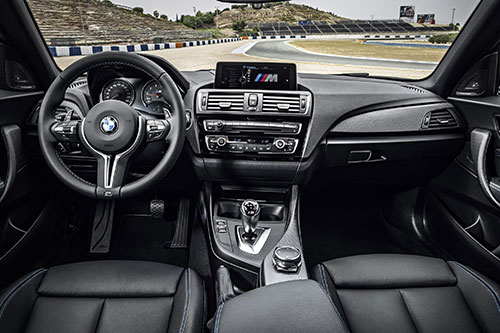 3-BMW-M2-Coupe-3