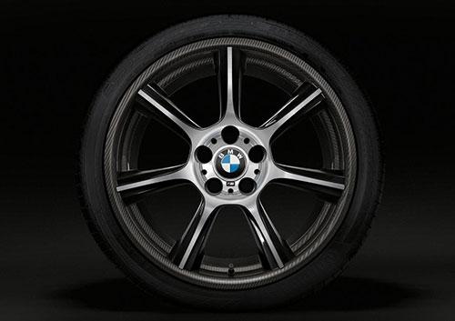 2-BMW-M4-GTS-2