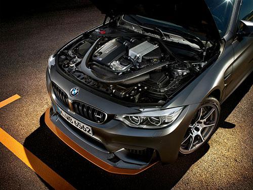 3-BMW-M4-GTS-3