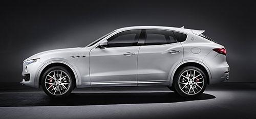 3-Maserati-Levante-3
