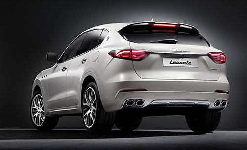4-Maserati-Levante-4