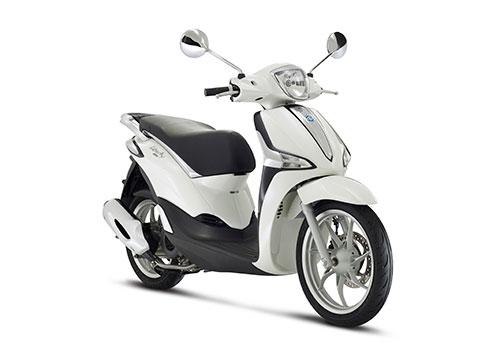 5-Piaggio-Liberty-125-blanco