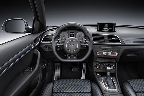 Audi-RS-Q3-Performance-4