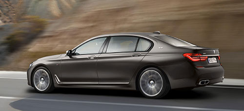 BMW-M760Li-xDrive-2