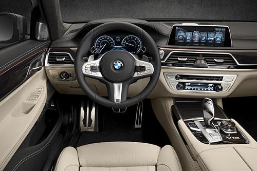 BMW-M760Li-xDrive-3