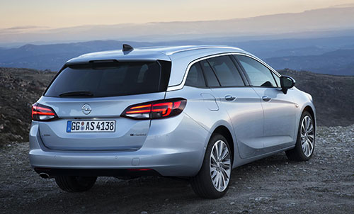 Opel-Astra-Sports-Tourer-3