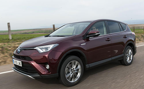 Toyota-RAV4-Hybrid-3