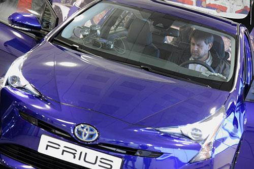 Toyota-Prius-3