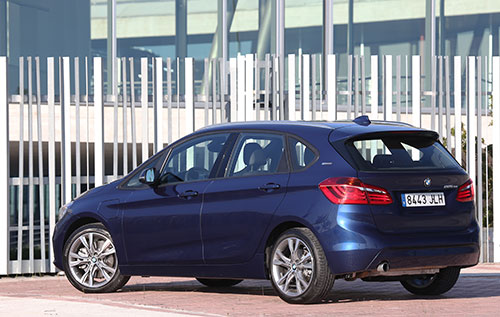 BMW-Serie-2-Active-Tourer-225xe-(32)