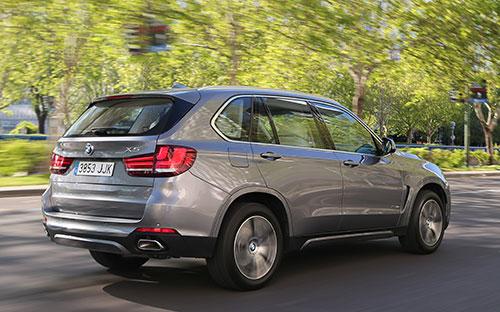 BMW-X5-xDrive40e-(33)