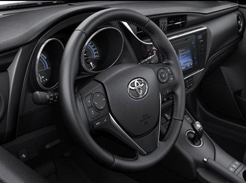 Toyota-Auris-3