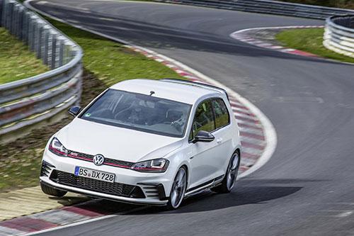 Volkswagen-Golf-GTi-Clubsport-S-1