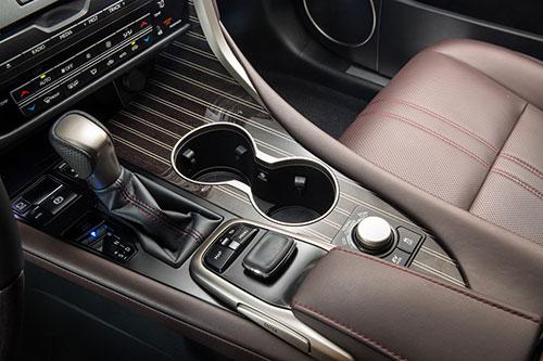 Lexus-4