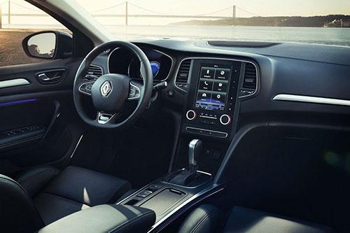 Renault-Megane-Sedan-3