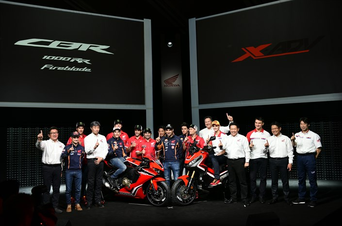 New X-ADV and 25th anniversary CBR1000RR Fireblade lead new Honda 2017 line-up at EICMA