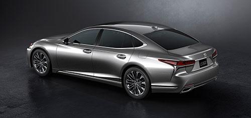 4-LexusLS2018_Studio