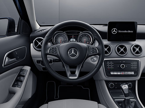 Mercedes-Benz-GLA-4